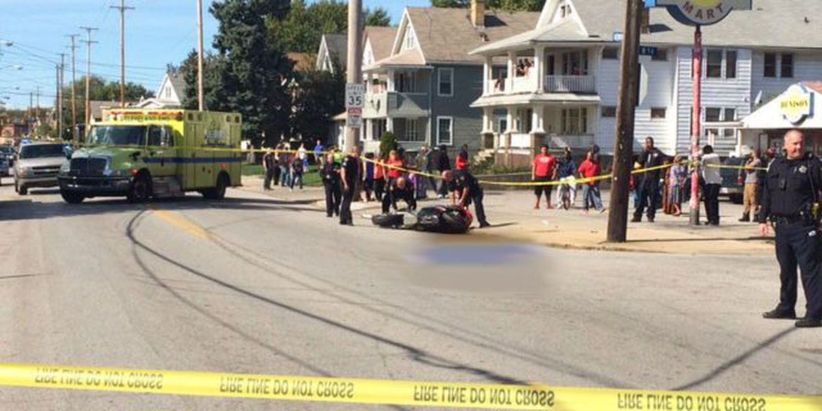 Man killed in motorcycle accident on Cleveland's west side