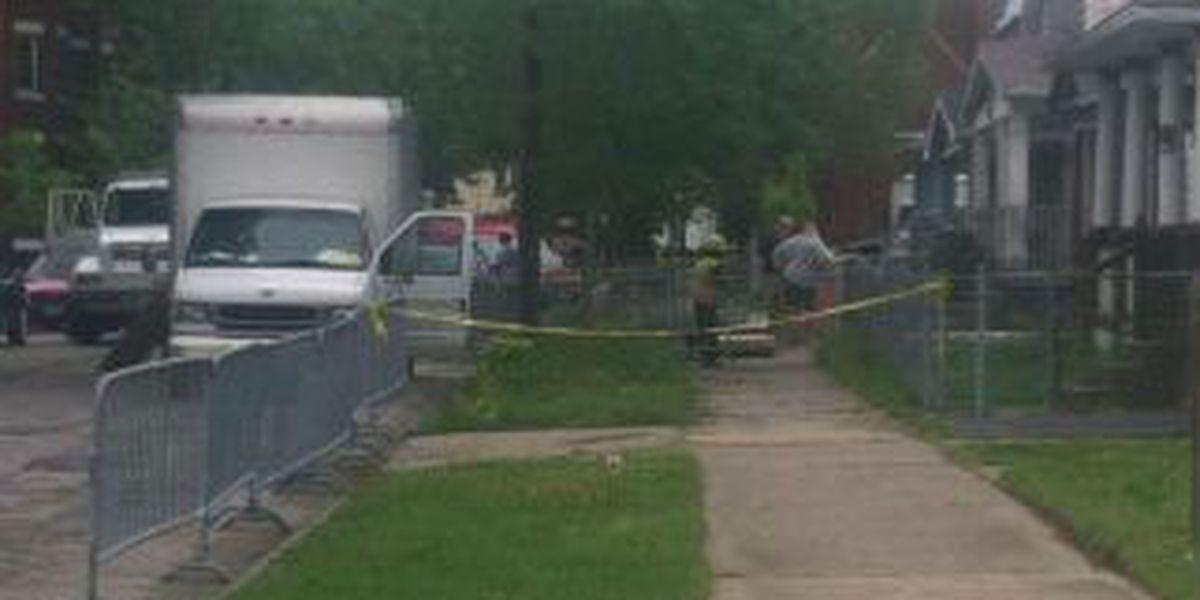 Crews barricade suspect's house on Seymour