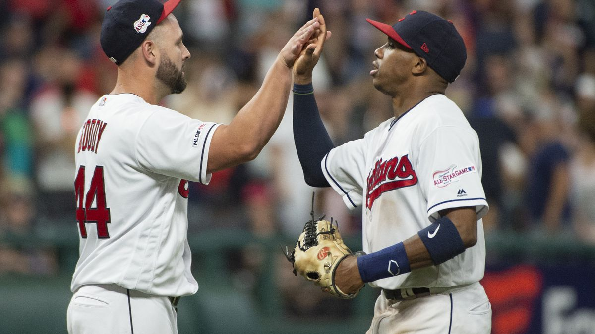 Indians move into tie for 2nd wild card, beat Phillies 10-1