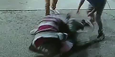 Video: Spring breakers battle man they said brandished gun in robbery attempt