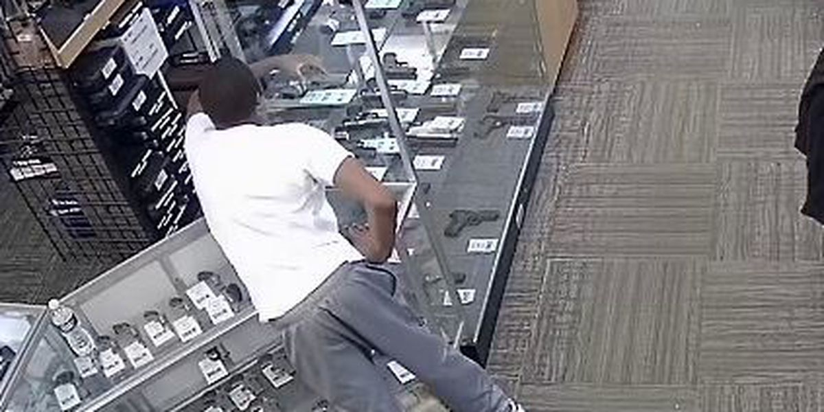UPDATE: 'Itchy' teen caught after stealing gun from Broadview Heights store, police say