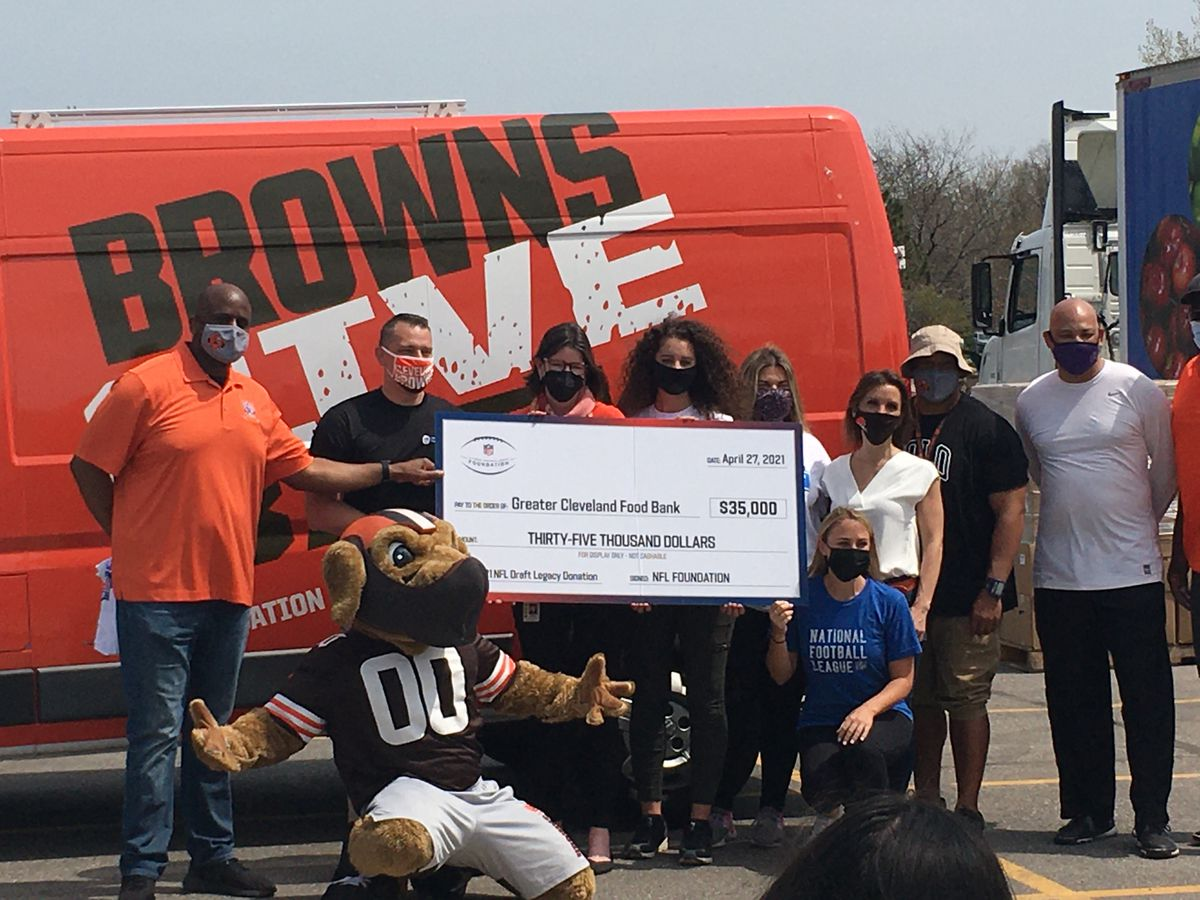 Greater Cleveland Food Bank partners with NFL and hosts drive-thru distribution in Muni Lot