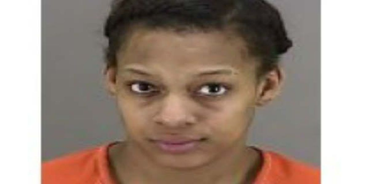 Akron woman charged after snapping pic of dead body, then lying to police