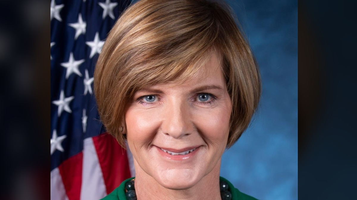 Nevada congresswoman tests positive for COVID-19 after traveling to Ohio to visit dying mother