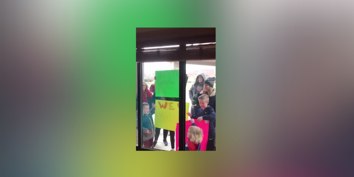 Family sings Happy Birthday outside window of Green woman's assisted living room to honor social distancing (video)