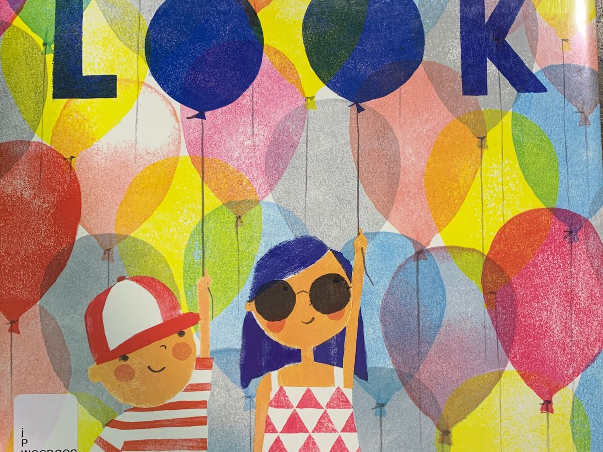 'Look,' it's another playful Story Time with Jamie Sullivan