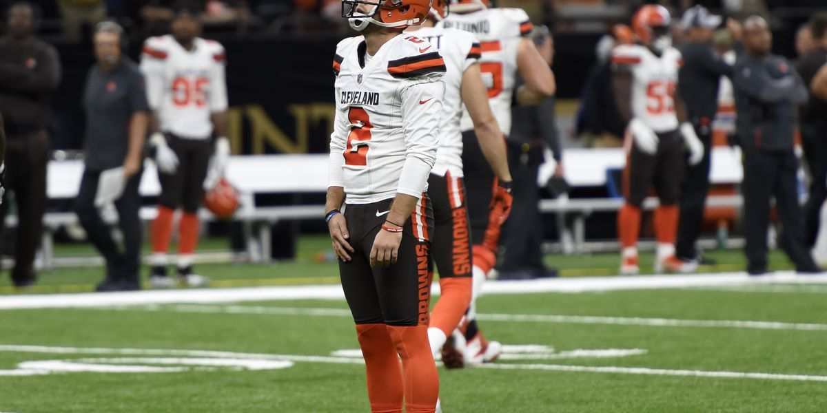 Browns kicker was playing injured; team looking for replacement, report says