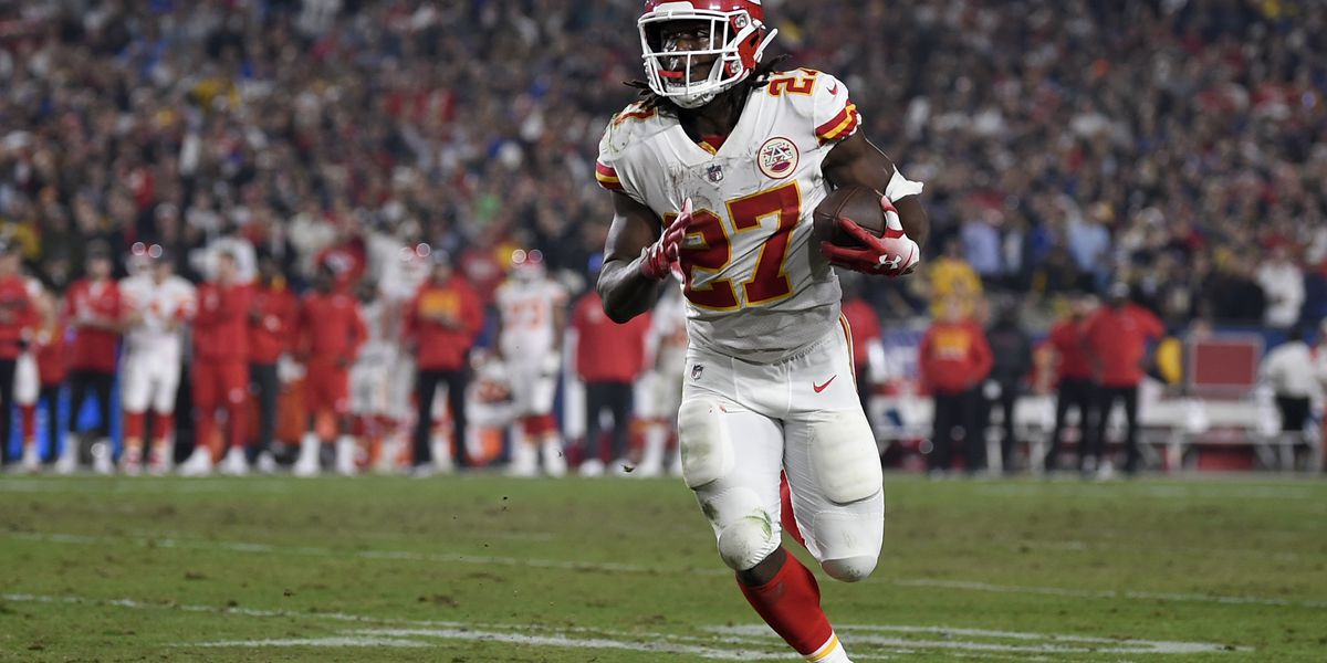 Kareem Hunt accused in Kansas City night club attack; alleged victim did not press charges