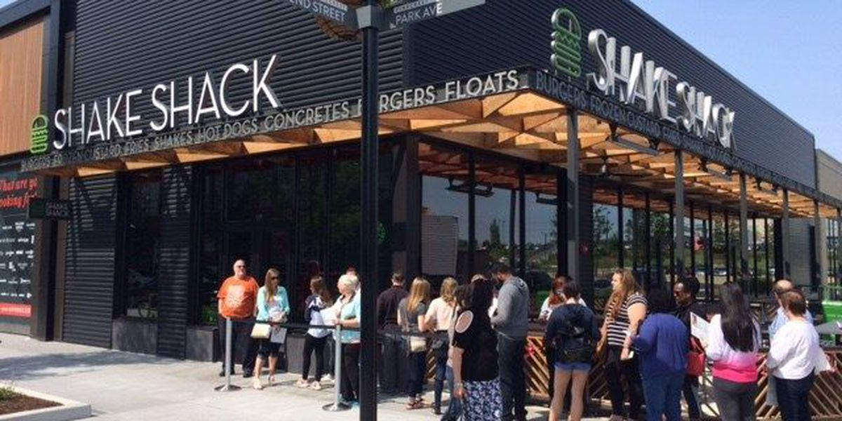 Ohio's first Shake Shack restaurant now open