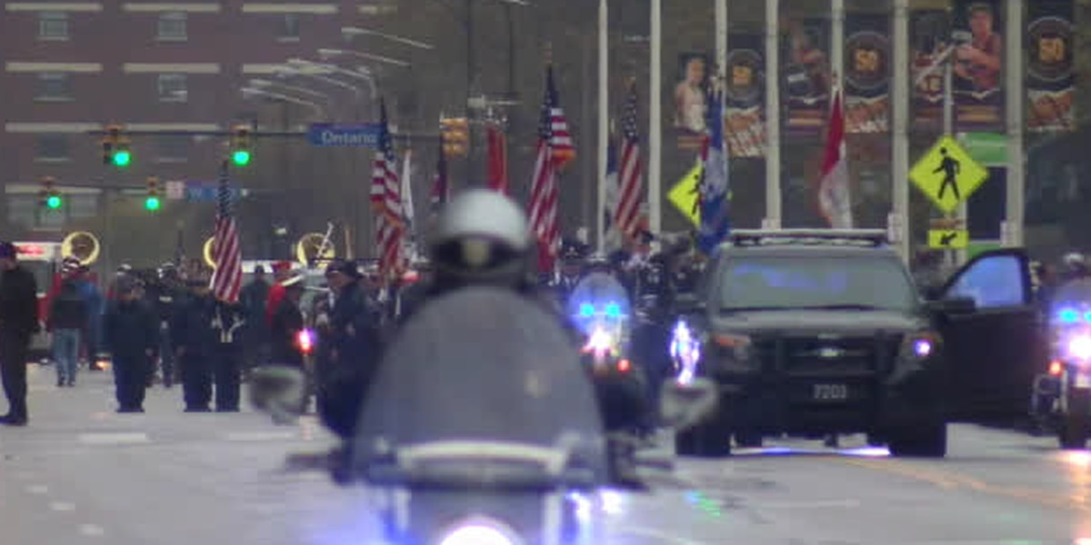 People line downtown Cleveland streets for Veterans Day parade honoring those who served