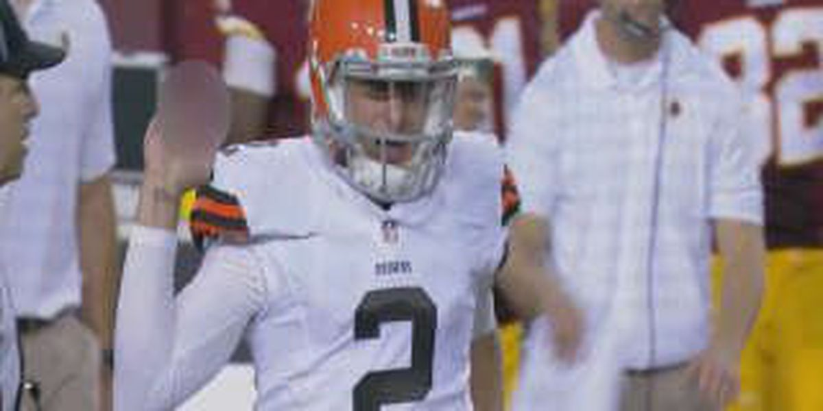 Manziel struggles in Washington, flips off Redskins bench