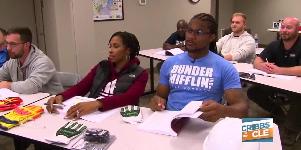 Josh Cribbs, Maria Cribbs head to crane school and harness the classroom