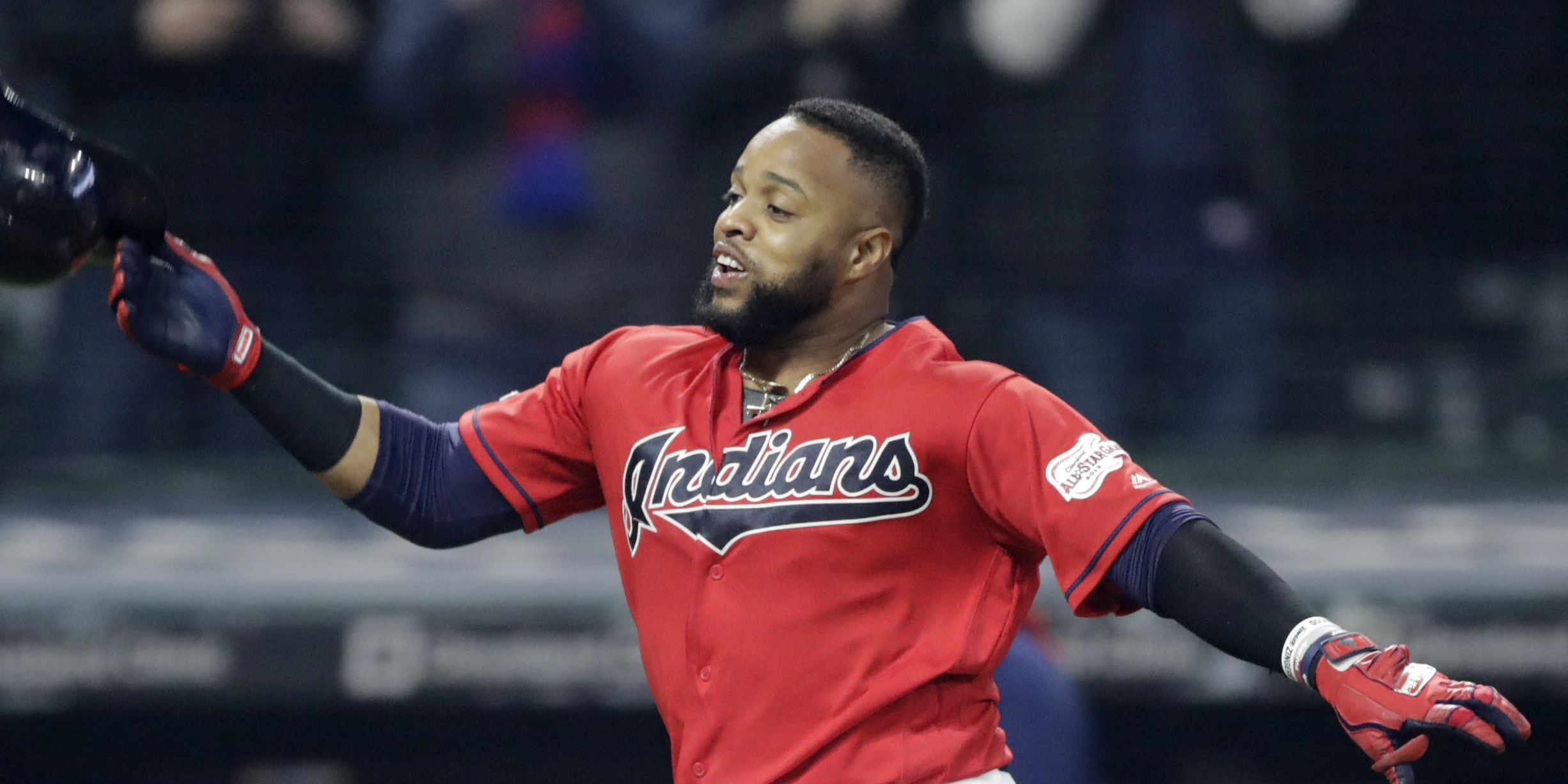 Santana's walk-off homer gives Indians 3-2 win over Jays