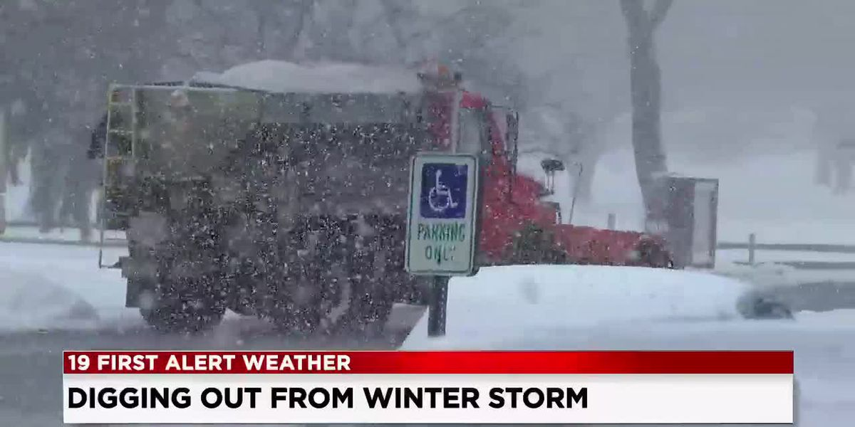 Folks still digging out after snow blankets Northeast Ohio