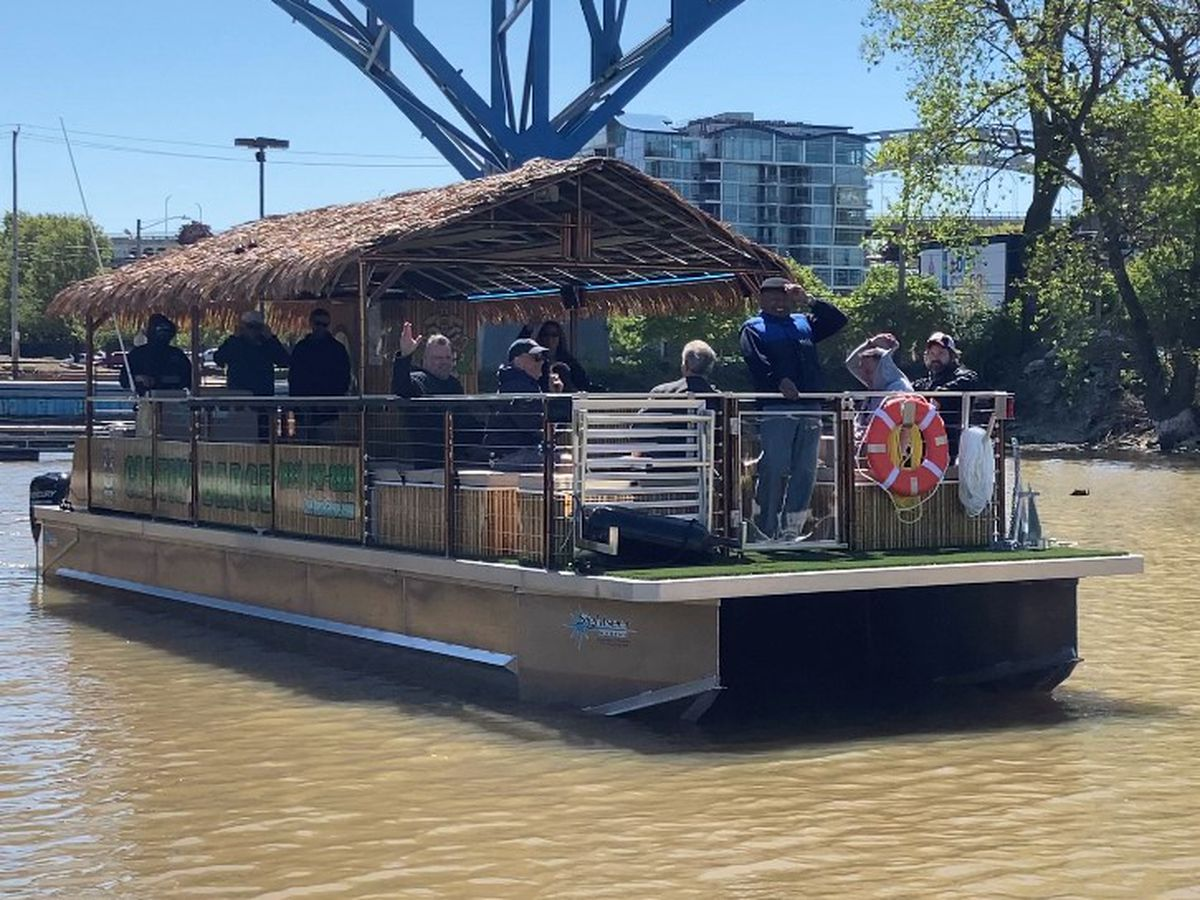 Cleveland Tiki Barge returns for 2nd season, expands service to meet demand