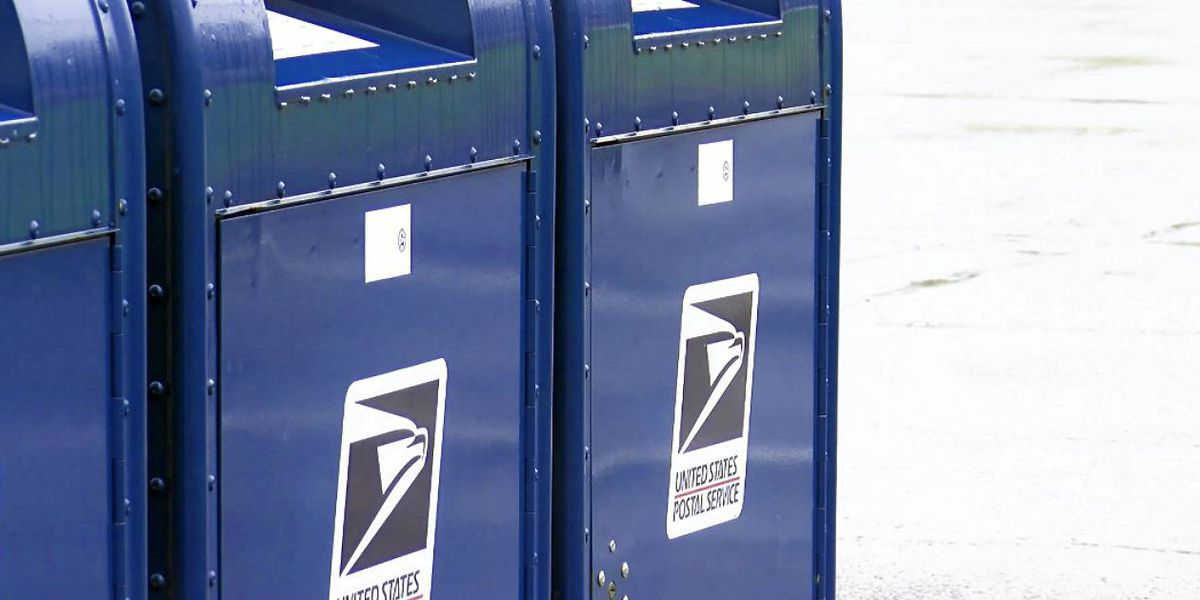 USPS low on workers amid holiday season rush