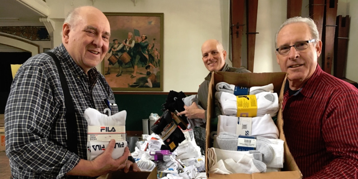 Northeast Ohio veterans collect 12,000 pairs of socks to give to homeless veterans