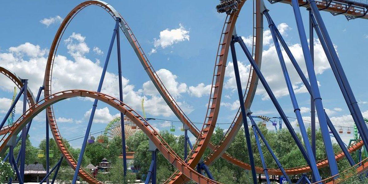 'I believe I can fly' singer R. Kelly rides Cedar Point's Valravn