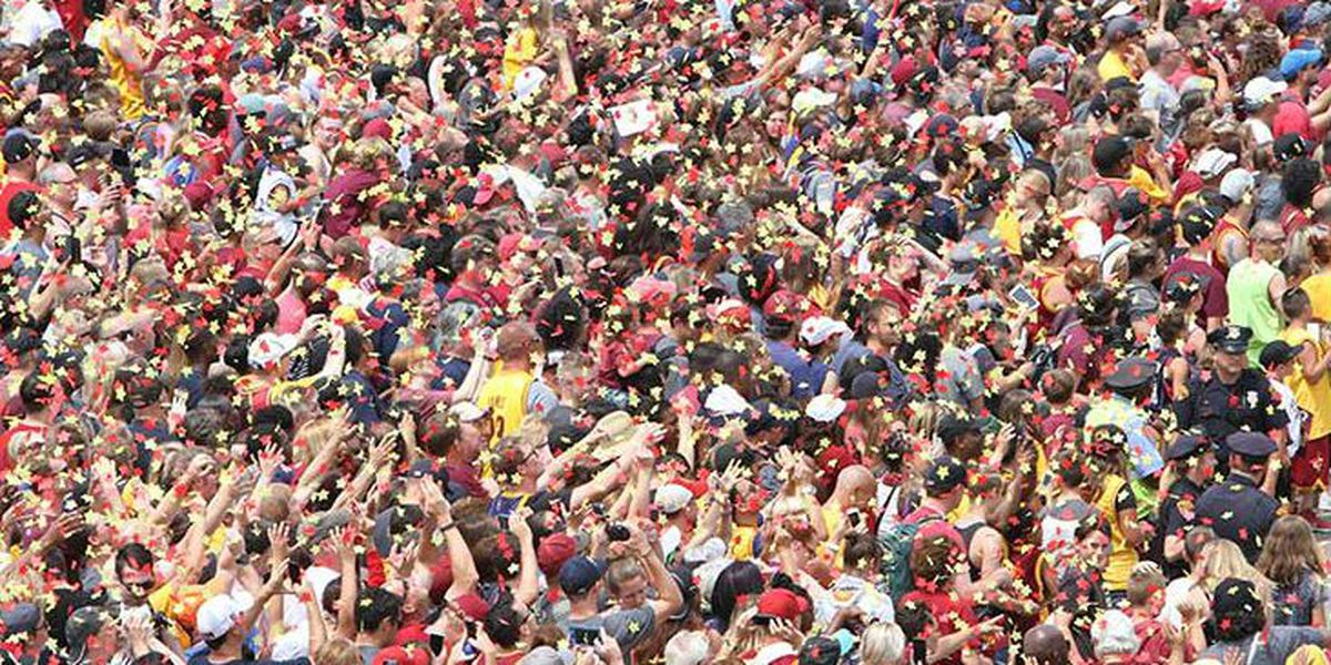 Trump fans claim Cleveland Cavaliers parade photo is of Phoenix rally crowd